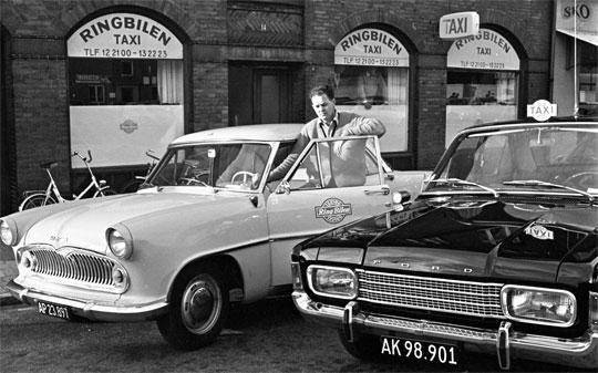 sort hvid billede af taxa syd